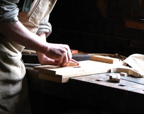 Plus de protection pour les apprenti.e.s – Motion populaire neuchâteloise